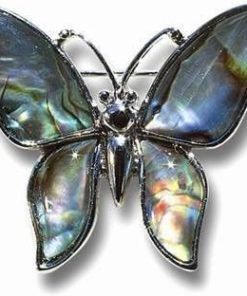 Brosa din metal cu scoica marina - Fluture