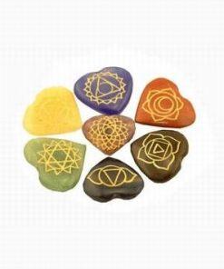 Set de 7 cristale - inima, cu simbolulurile celor 7 chakre