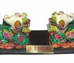 Pereche de caini Chi Lin