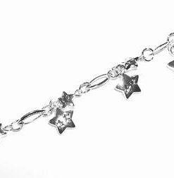 Bratara argintie cu stelutele dragostei