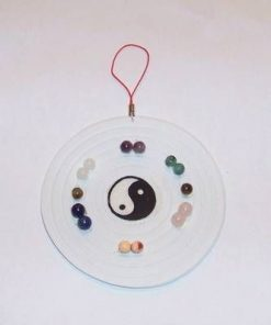 Mini tablou cu Yin-Yang si cristalele celor 7 chakre