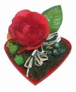Aranjament floral Feng Shui - trandafir pe inima